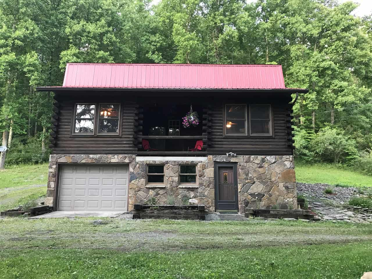 Pet Friendly Cabin for Rent in WV