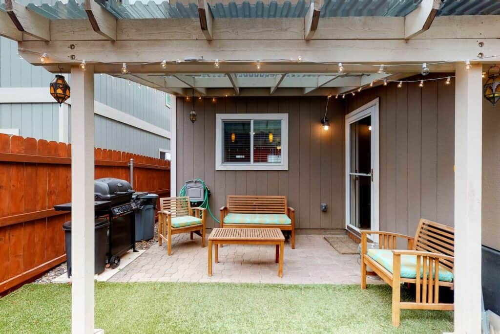 Pet Friendly Unique Downtown Flagstaff Arizona Airbnb Vacation Rental With BBQ