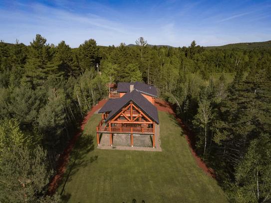 Stunning Pet Friendly Cabin New Hampshire