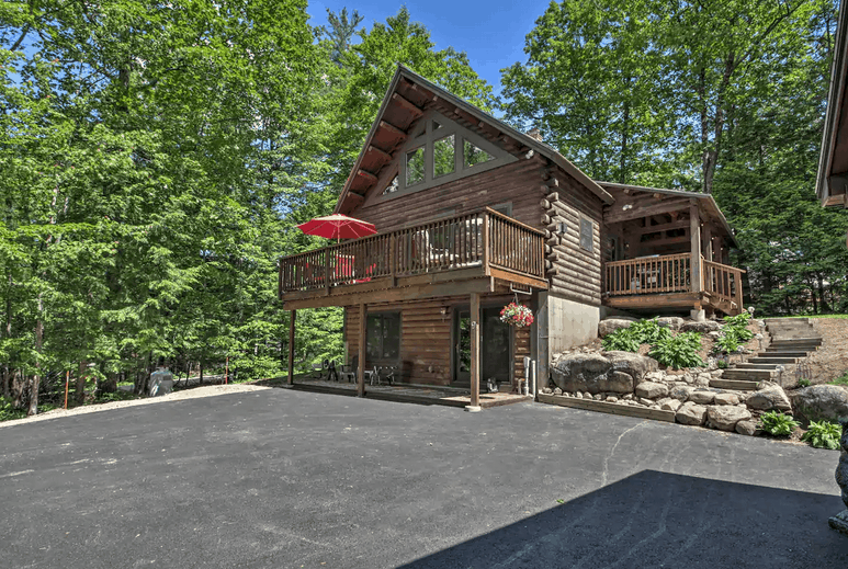 Updated Log Cabin Conway NH Pet Friendly