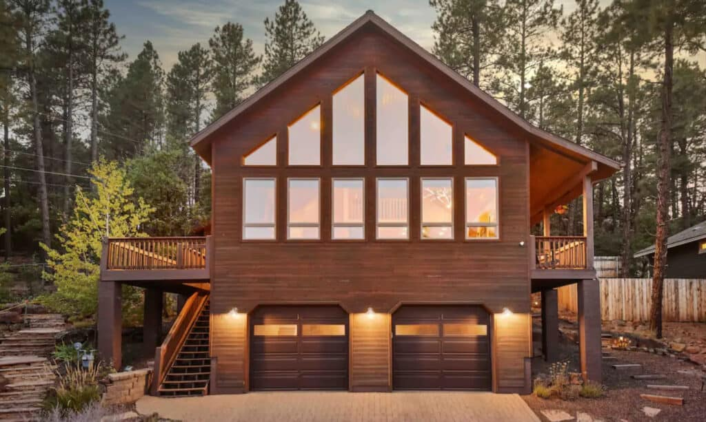 Clean & Bright Dream Cabin Near Downtown Flagstaff