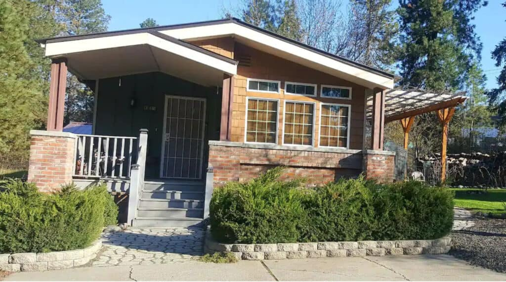 Cozy Spokane Airbnb with Grassy Yard and Garden