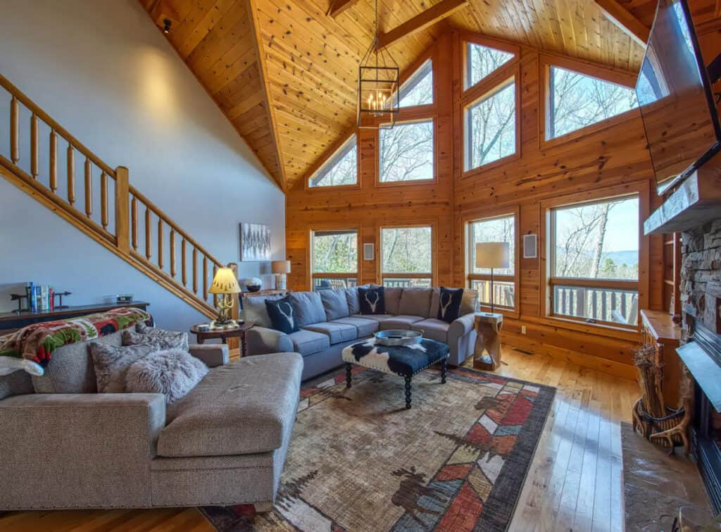 Luxurious Cabin with Game Room & Wet Bar