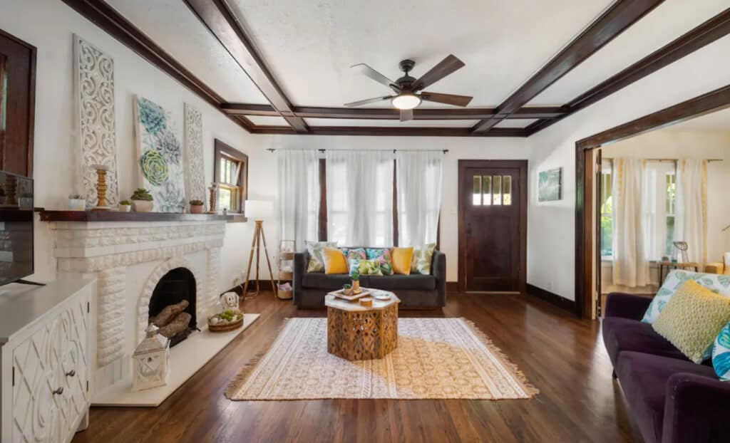 Tulsa OK Pet Friendly Airbnbs 1920 Modernized Bungalow