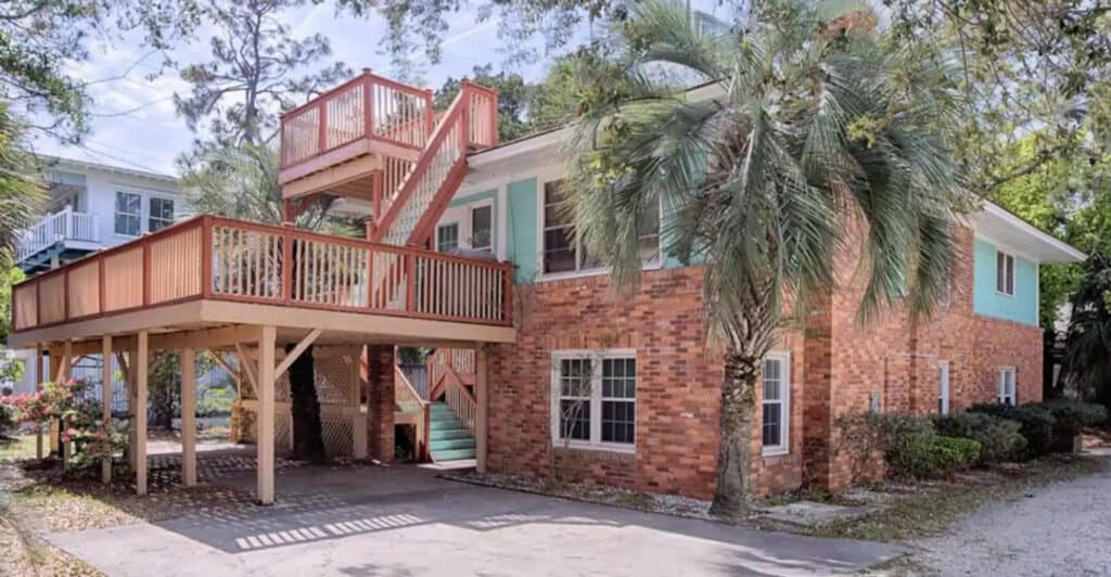 Beach House Perfect for Large Groups with Pets Tybee Beach