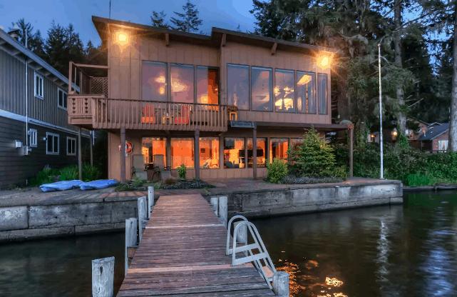 Dog-Friendly Airbnb Oregon Coast