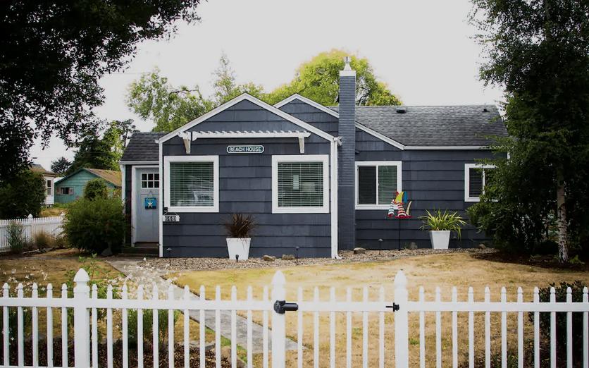 Pet-Friendly Airbnb on Oregon Coast